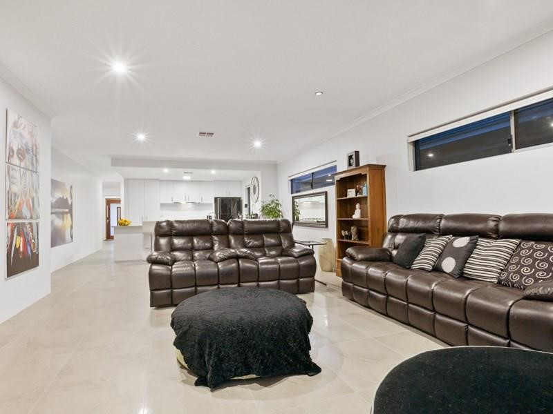 Property for rent in Wandi