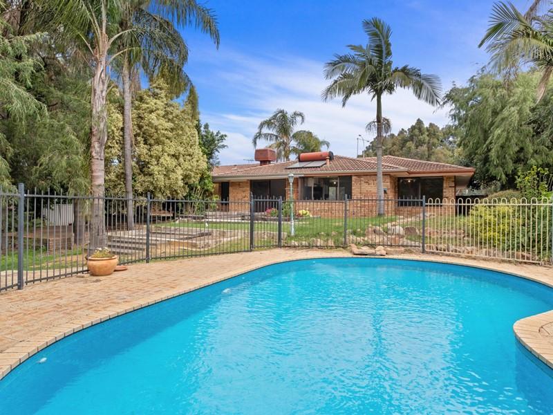 Property for sale in Mundaring