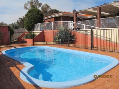 Property for rent in Padbury