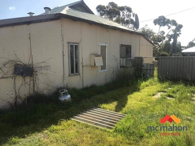 Property for sale in Norseman : McMahon Real Estate