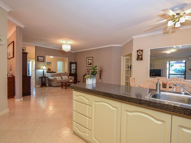 Property for sale in Beeliar : Southside Realty