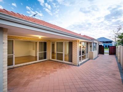 Property for sale in Jindalee : Abel Property