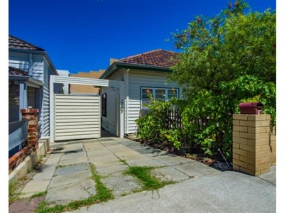Property for rent in South Fremantle : Property Gallery
