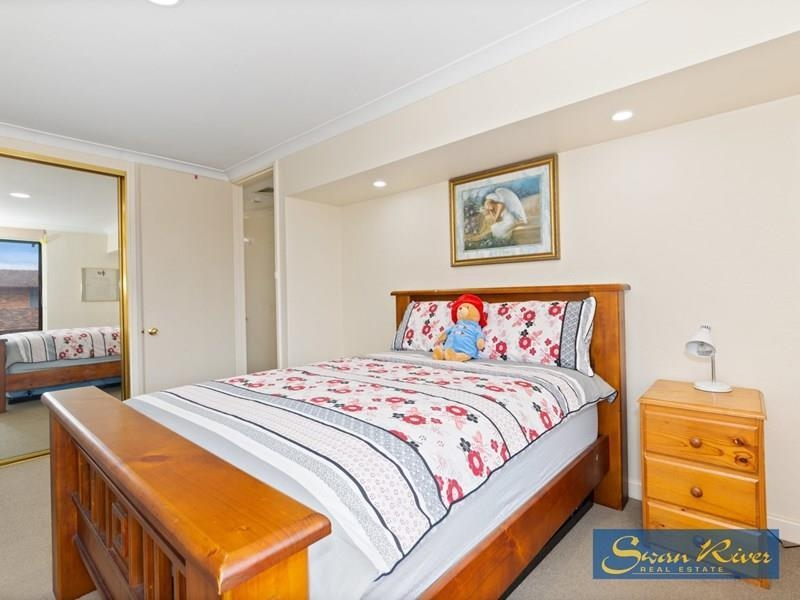 Property for sale in Como : Swan River Real Estate