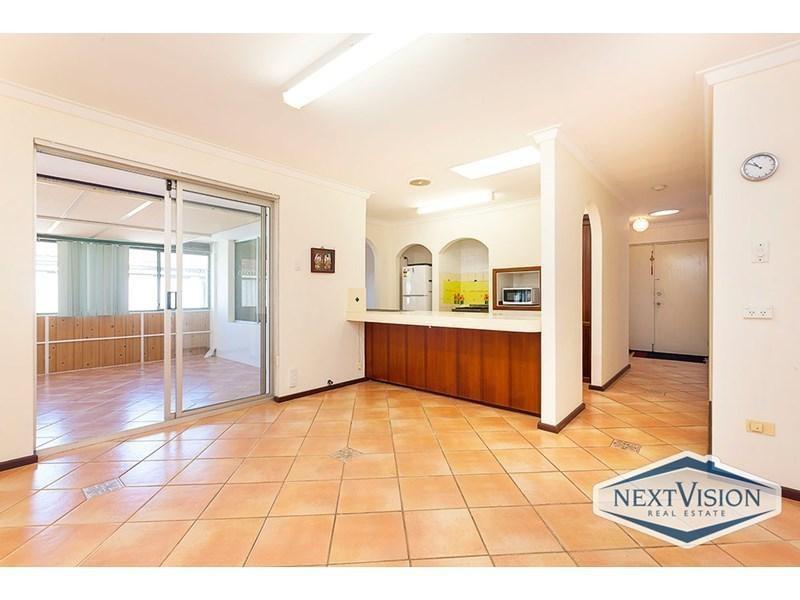 Property for sale in Kardinya