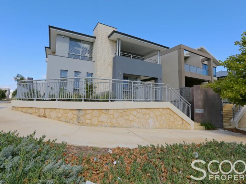 19 Pantheon Avenue, North Coogee