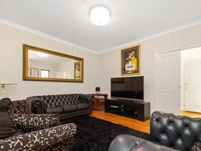 Property for sale in Joondanna : REMAX Torrens WA