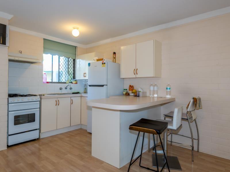 Property for sale in Wembley : Porter Matthews Metro Real Estate