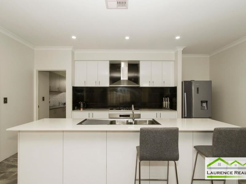 Property for sale in Ellenbrook : Laurence Realty North