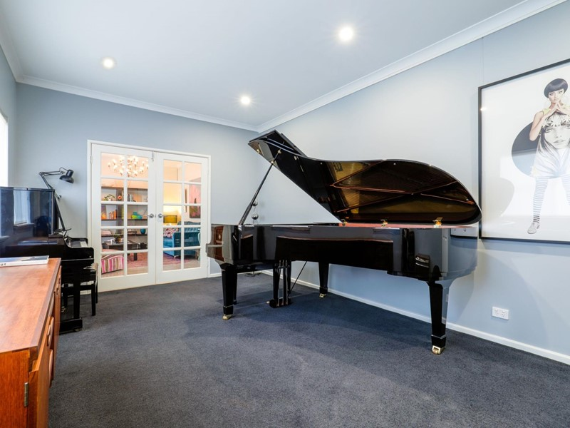 Property for rent in Bedford