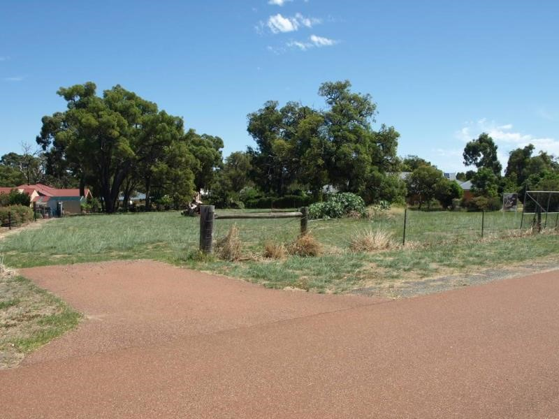 Property for sale in Byford