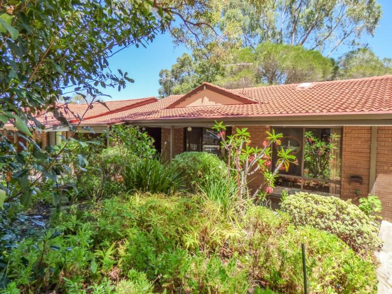 Property for sale in Gooseberry Hill : Brett Johnston Real Estate