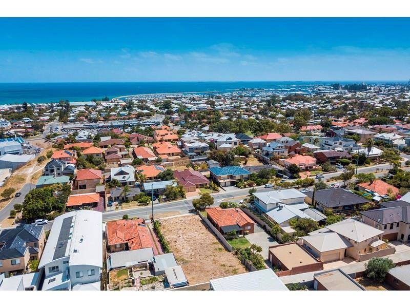 Property for sale in Beaconsfield, 28 Livingstone Street