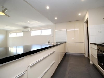 Property for rent in Baynton
