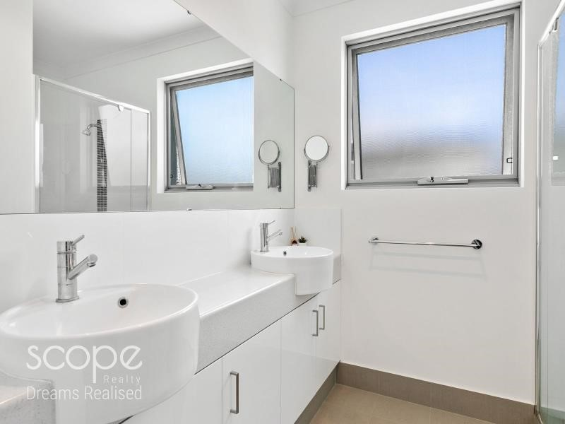 Property for sale in Doubleview : Scope Realty