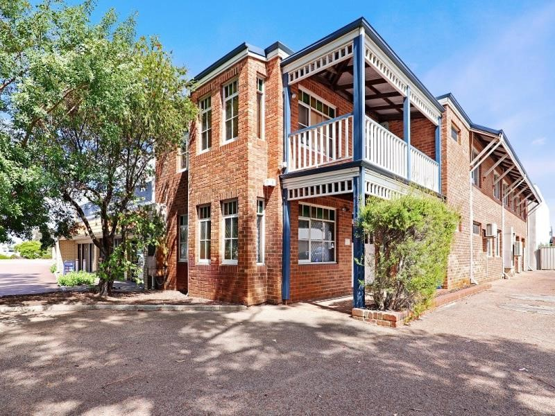 Property for rent in Ascot : Ross Scarfone Real Estate