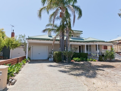 Property sold in Doubleview : Abode Real Estate