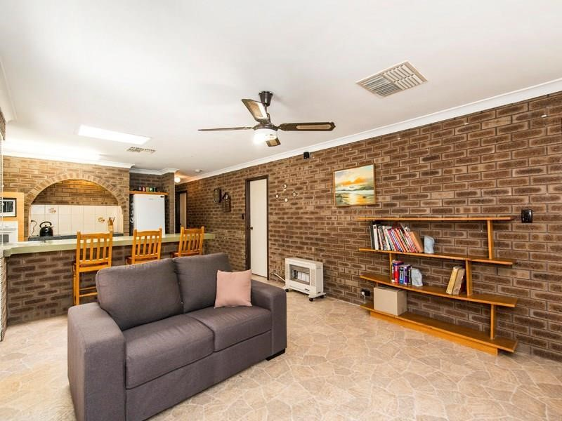 Property for sale in Willetton : Star Realty Thornlie
