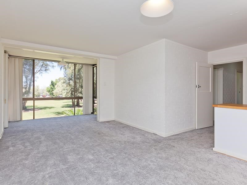 Property for rent in Crawley