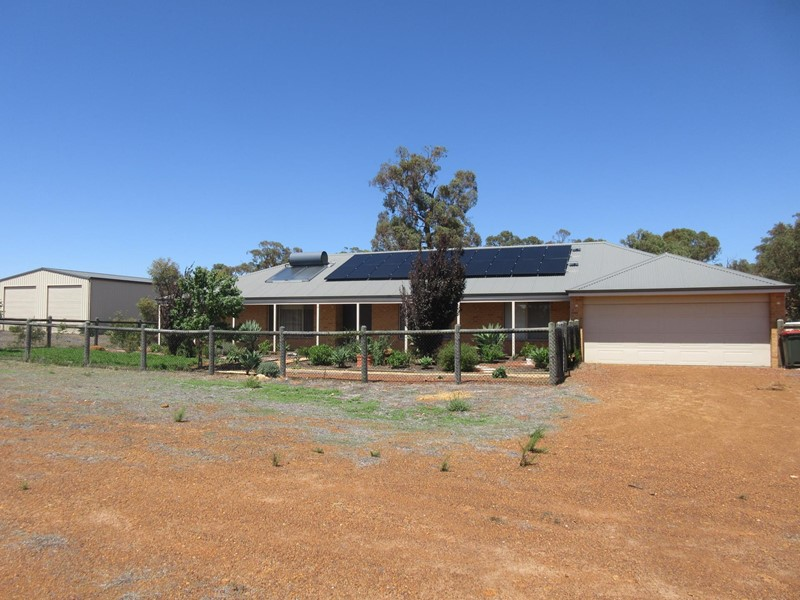 Property for sale in Lower Chittering : <%=Config.WebsiteName%>