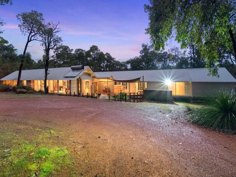 Property for sale in Gidgegannup