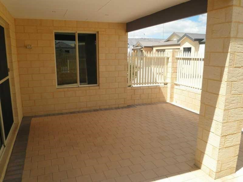 Property for rent in Aubin Grove