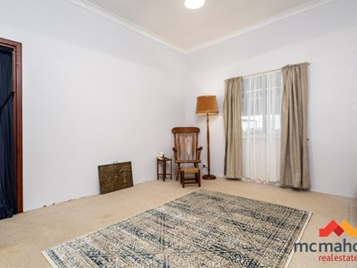 Property for sale in Greenhills : McMahon Real Estate