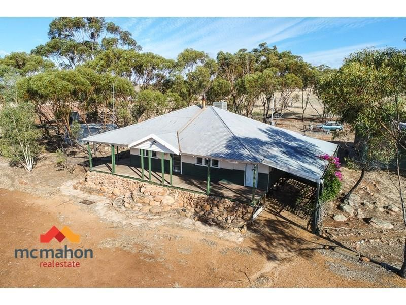 Property for sale in Mount Hardey : McMahon Real Estate