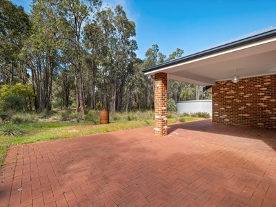 Property for sale in Chidlow