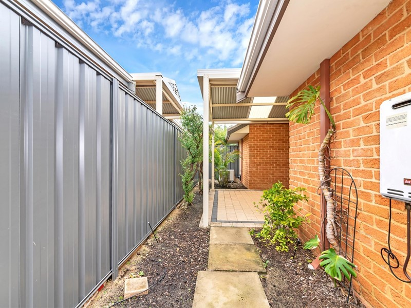 Property for sale in Pinjarra : Seniors Own Real Estate