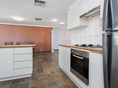 Property for sale in Bibra Lake : Jacky Ladbrook Real Estate