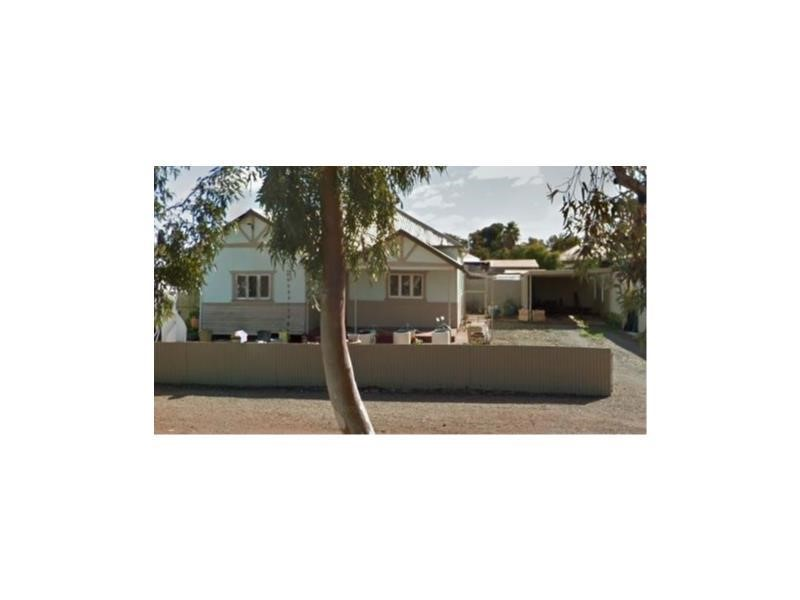 Property for sale in Lamington