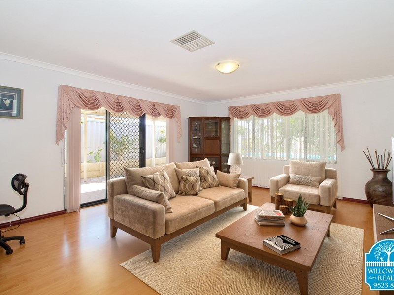 Property for sale in Port Kennedy : Willow Tree Realty