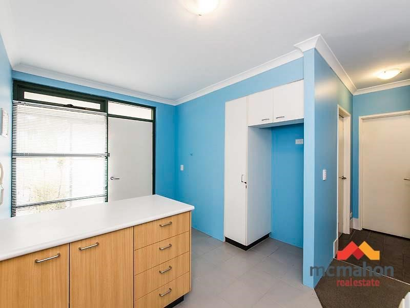Property for sale in Ascot : McMahon Real Estate
