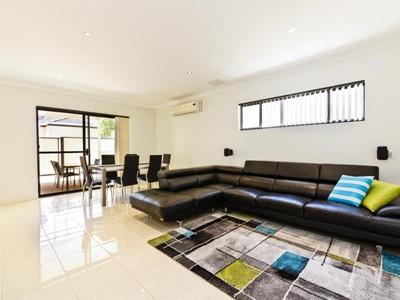Stunning & Secure Villa