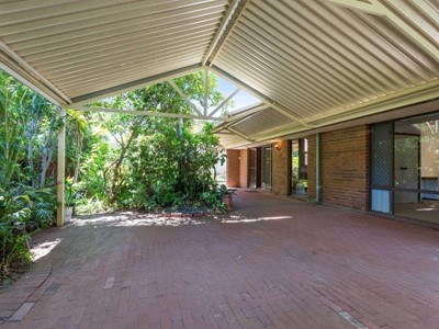Property for sale in Booragoon : Jacky Ladbrook Real Estate