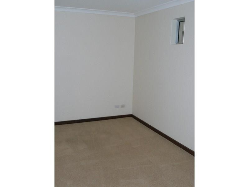 Property for rent in Hilton