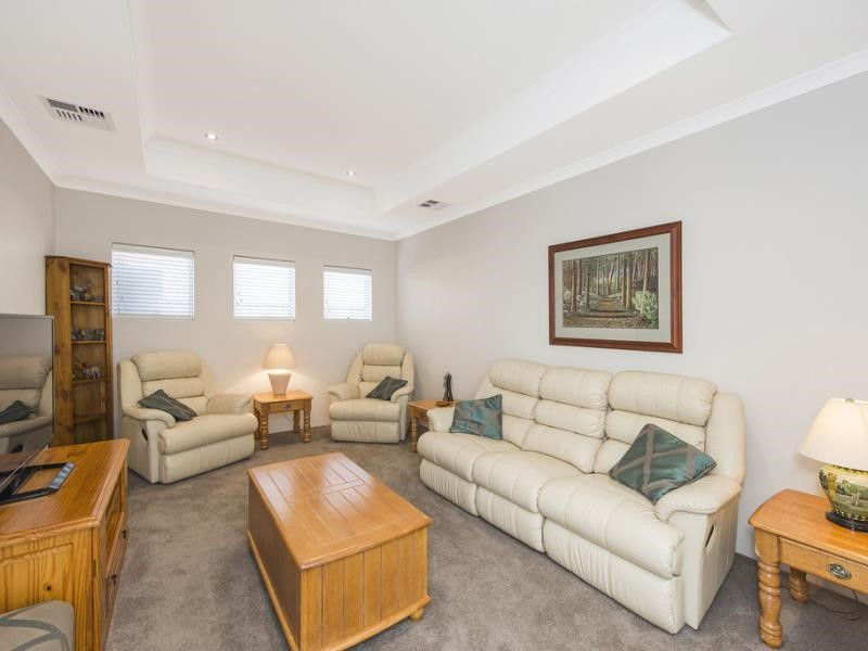 Property for sale in Baldivis : David Evans Rockingham