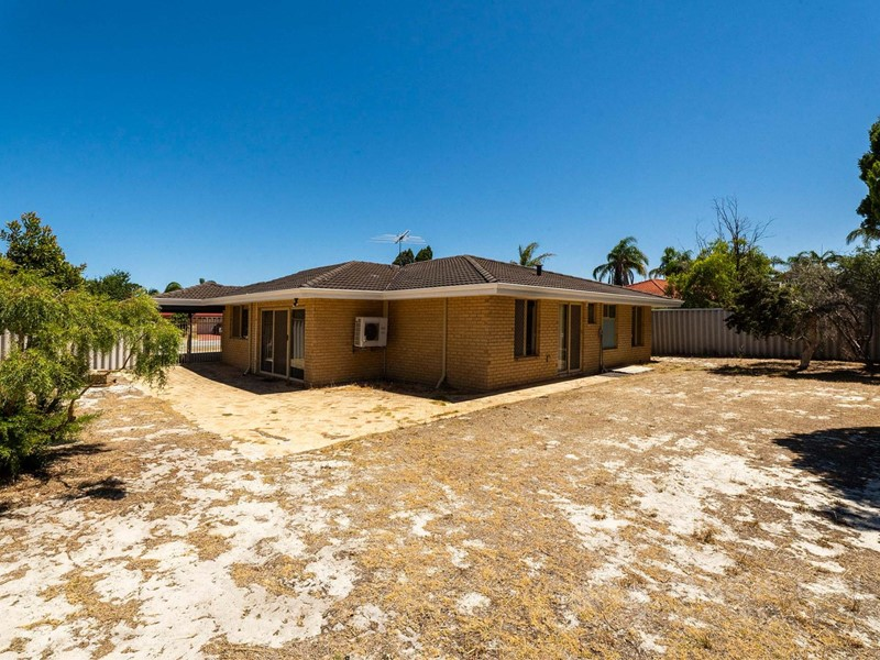 Property for rent in Ballajura