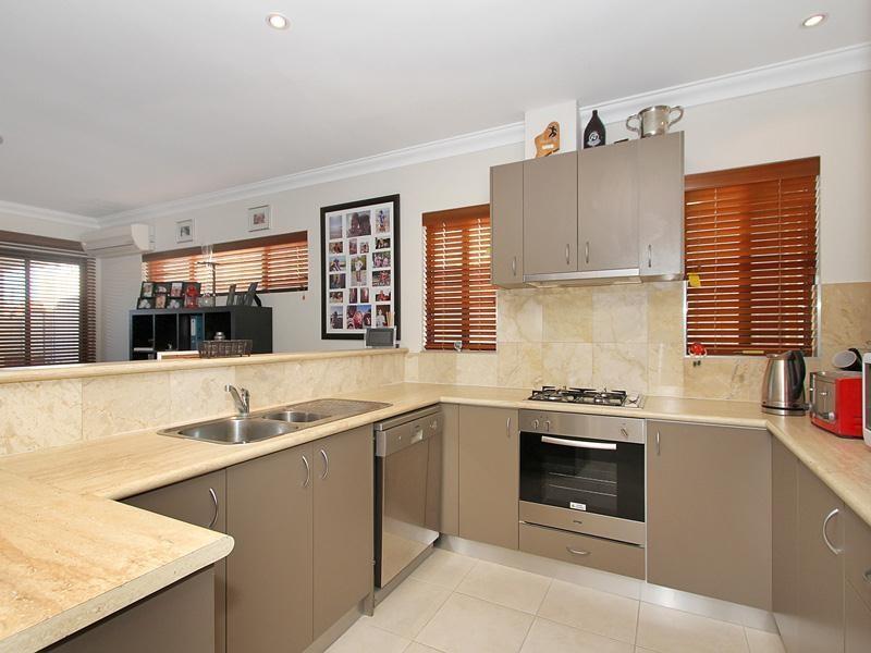 Property for rent in Landsdale : Key Residential