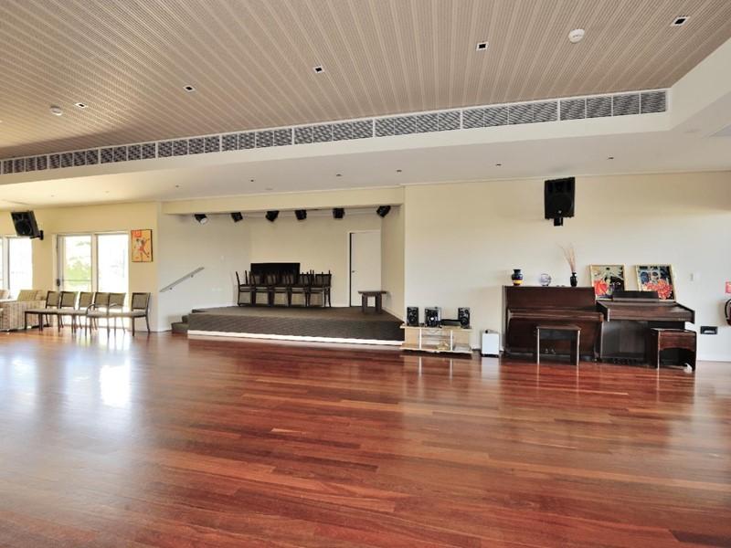 Property for sale in Pinjarra : Seniors Own Real Estate