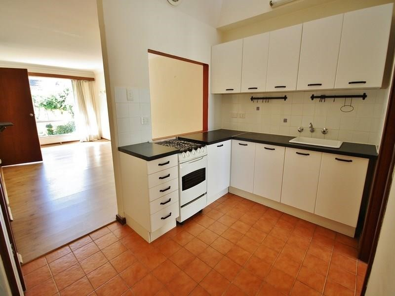 Property for rent in Como
