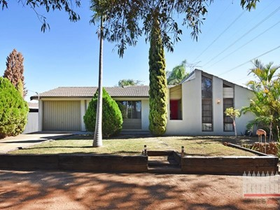 Property for sale in West Swan