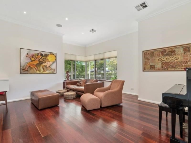 Property for sale in Dalkeith : BOSS Real Estate