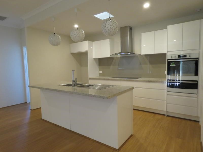 Property for rent in Canning Vale