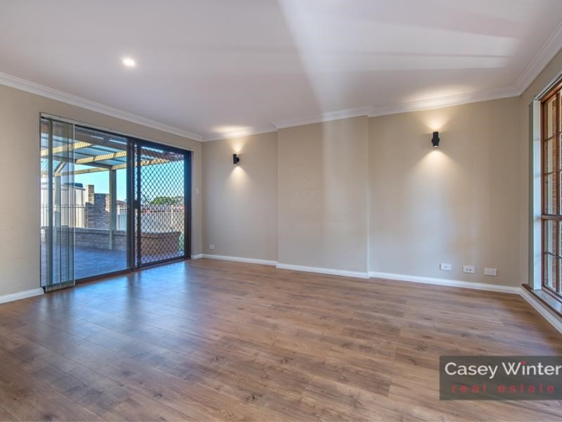 Property for sale in Edgewater
