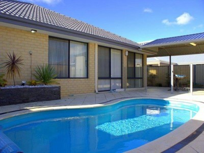 Property for rent in Carramar : REMAX Torrens WA